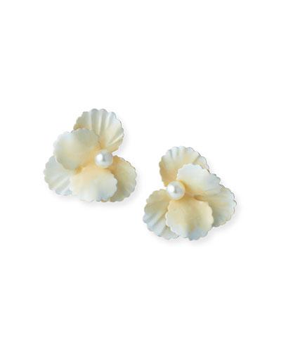 Sallie Pearly Flower Stud Earrings