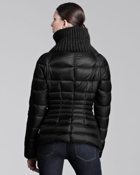 Ribbed-Collar Short Puffer Jacket
