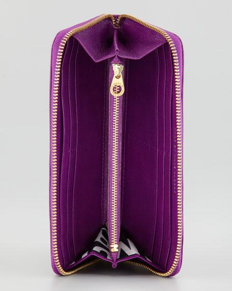 Classic Q Slim Zip Continental Wallet, Violet
