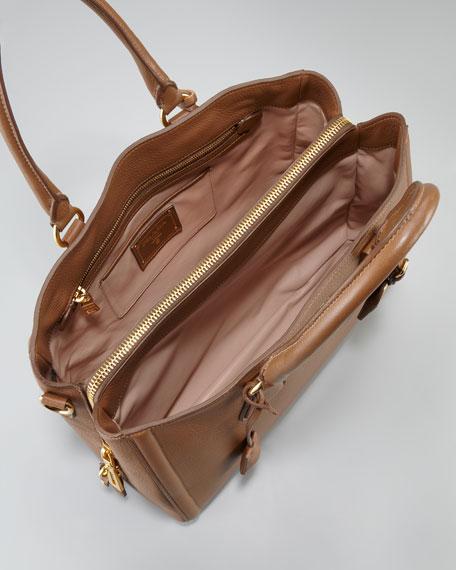 Cervo Center Zip Tote Bag, Cammello