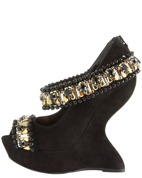 Jeweled Finned-Wedge Pump