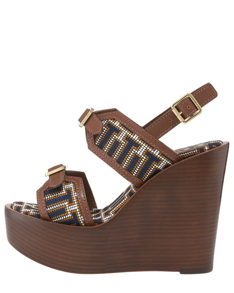 Florian Needlepoint Wedge