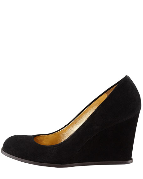 allie sport suede wedge pump