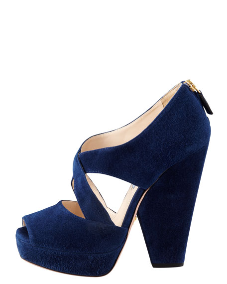 Zip-Back Cross-Vamp Wedge
