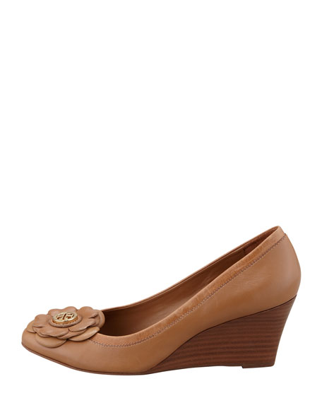 Shelby Floral Logo Wedge, Sand