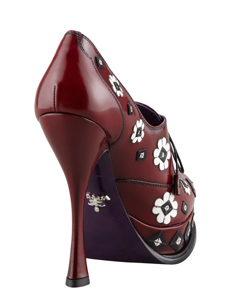 Floral Applique Lace-Up Pump