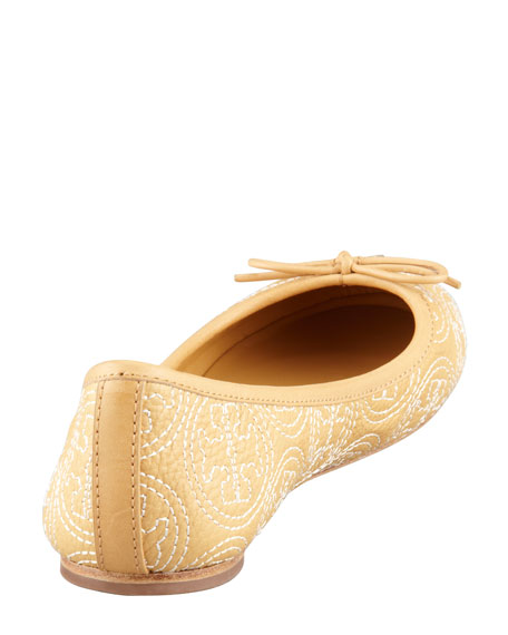 Chelsea Logo-Stitched Ballerina Flat, Ice Coffee