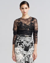 Oscar de la Renta Embroidered Chantilly Lace Blouse