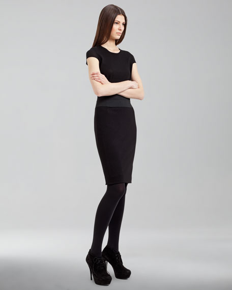 Elastic-Banded Pencil Skirt