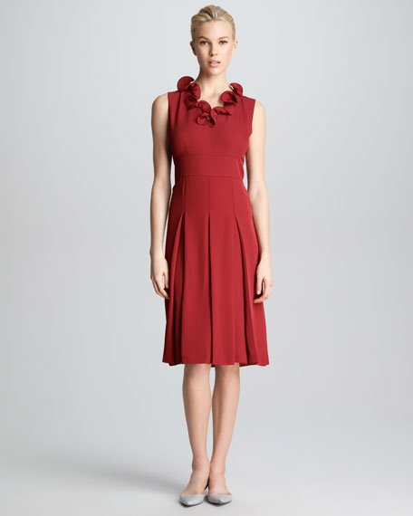 VNECK PLEAT DRESS W/RFFL