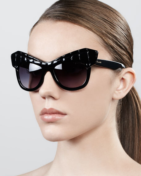 Diva Exaggerated Cat-Eye Sunglasses, Shiny Black
