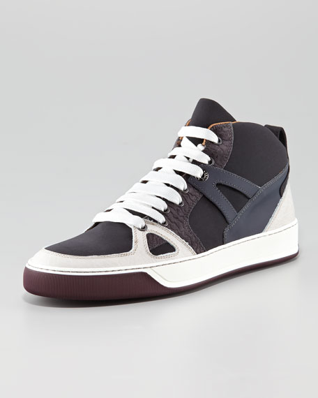 Hi-Top Sneaker