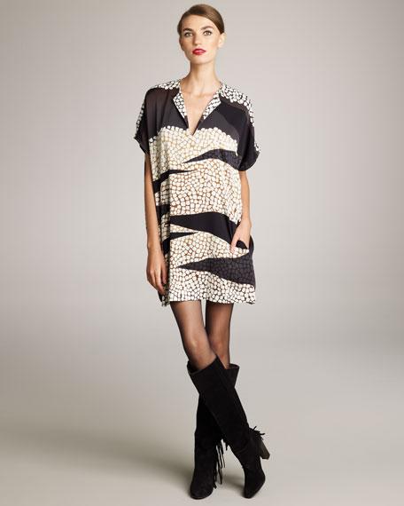 Squaretan Short-Sleeve Shift Dress