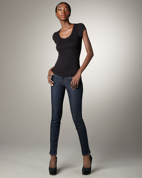 910 Pure Low-Rise Skinny Jeans