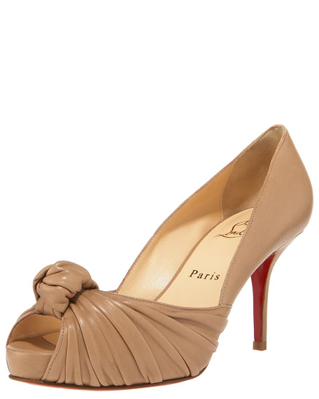 ddb52163100 Greissimo Leather Knot Pump