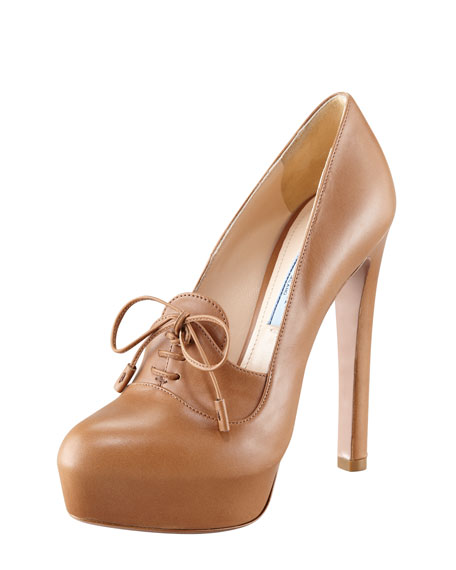 Leather Lace-Up Pump