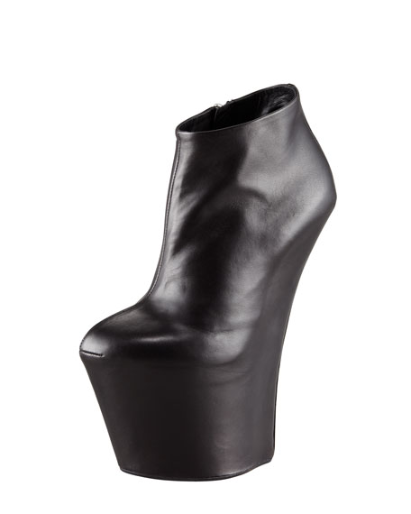 Super Wedge No-Heel Ankle Boot