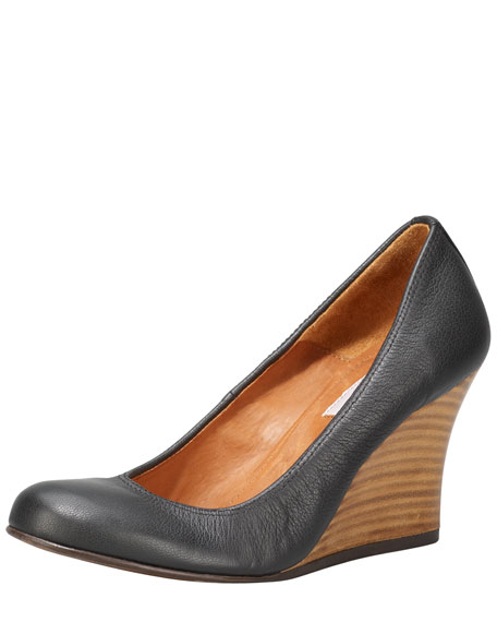 Kidskin Wedge Pump, Black