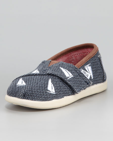 Sailboat Embroidered Shoe, Tiny