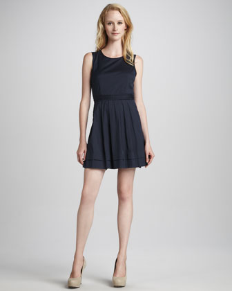 Calyxa Sleeveless Poplin Dress