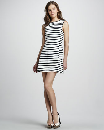 Nyos Sleeveless Dress