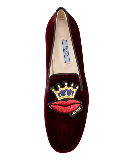 Velvet Lips-Embroidered Smoking Slipper