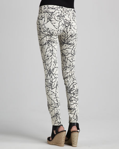 Skyline Leaf-Print Leggings