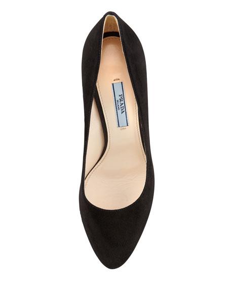 63c1f515fc7 Suede Almond-Toe Pump Black