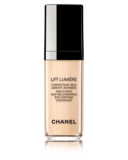 CHANEL <b>LIFT LUMIÈRE</b><br>Smoothing And Rejuvenating Eye Contour Concealer