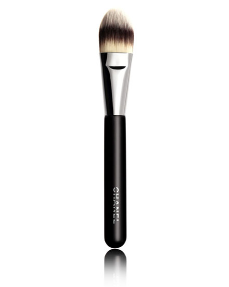 CHANEL PINCEAU FOND DE TEINT Foundation Brush #6