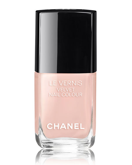 LE VERNIS VELVET- COLLECTION LIBRE<br>Longwear Nail Colour