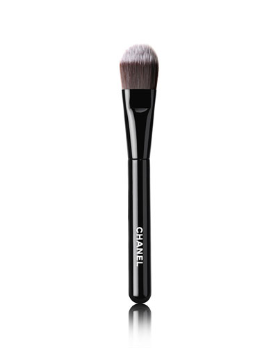 <b>LES PINCEAUX DE CHANEL</b><br> FOUNDATION BRUSH