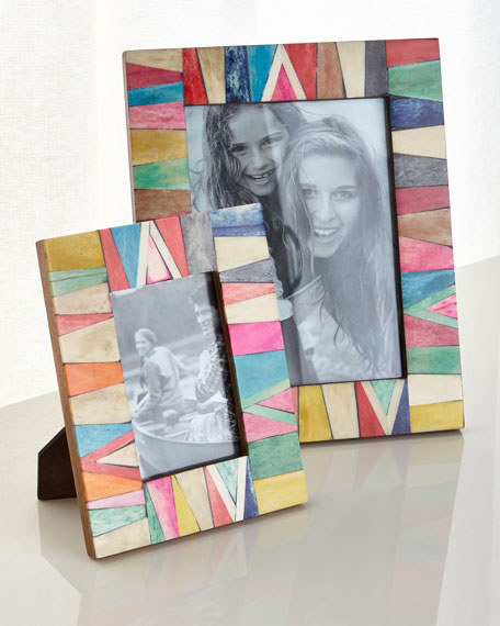 Large Spectrum Picture Frame