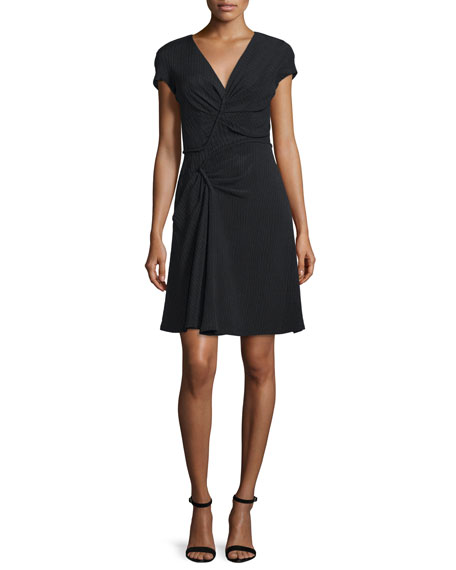 Short-Sleeve Fit-&-Flare Dress, Noir