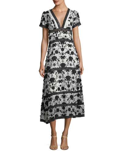 Fusca V-Neck Short-Sleeve Maxi Dress with Floral-Embroidery