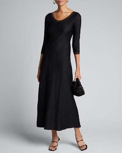 Scoop-Neck 3/4-Sleeve Stretch Lace Long Dress