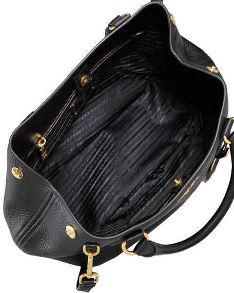 Daino Medium Shoulder Tote Bag, Black (Nero)