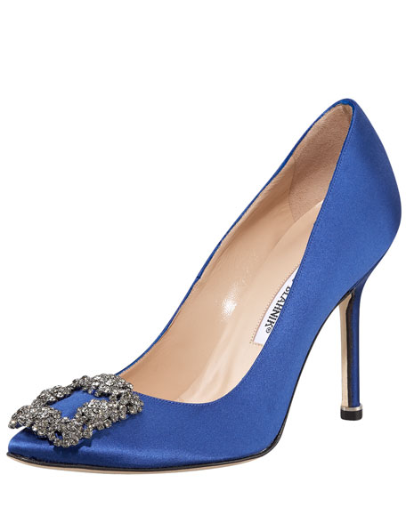 Manolo Blahnik Satin Hangisi Pumps clearance great deals clearance official site finishline for sale DzovjbQ