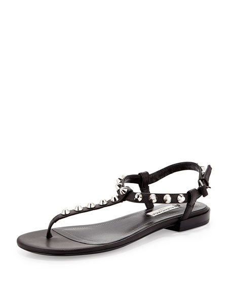Giant Nickel Studded Thong Sandal, Noir
