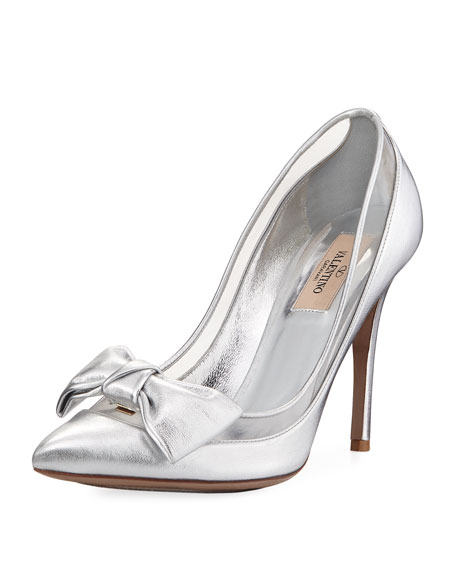 Dolly Bow Metallic Pump