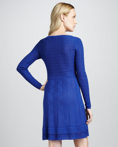 Zigzag Scoop-Neck Long-Sleeve Dress