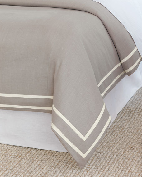 Resort Fret Oversized Queen Duvet