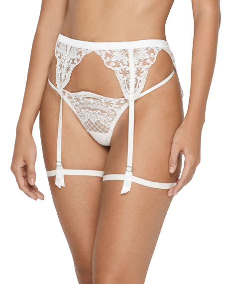 Bella Embroidered Tulle V-String Thong