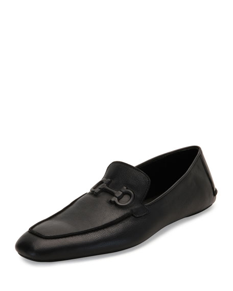 Fernand Textured Calfskin Gancini House Slipper, Black