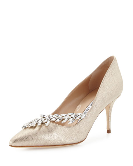 Manolo Blahnik Pointed-Toe Embellished Pumps outlet fast delivery outlet collections popular for sale best store to get for sale Mlz8xB4