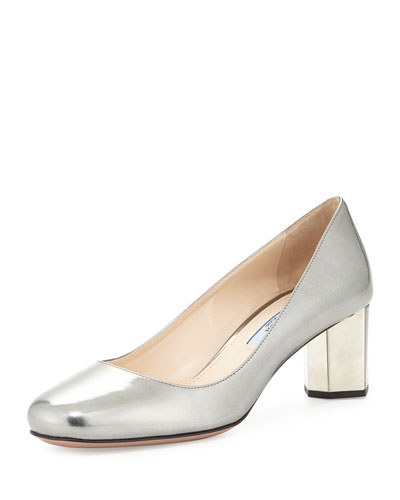 Round-Toe Metallic Heel Pump, Cromo