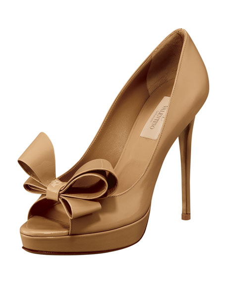Couture-Bow Platform Pump