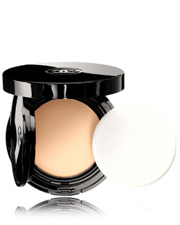 CHANEL VITALUMIÈRE AQUA<br>Fresh And Hydrating Cream Compact Sunscreen Makeup Broad Spectrum SPF 15