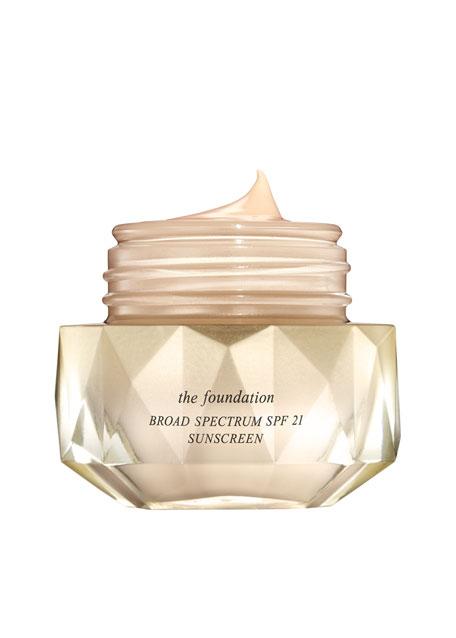 Cle de Peau Beaute The Foundation