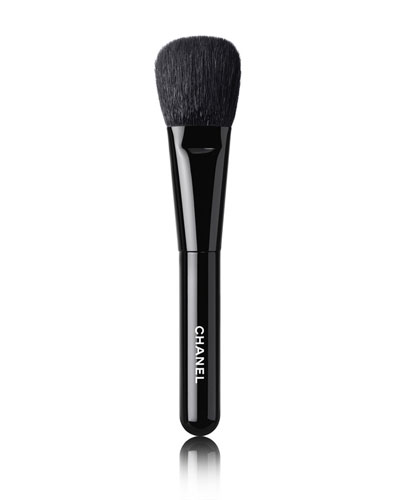 <b>LES PINCEAUX DE CHANEL</b><br> BLUSH BRUSH